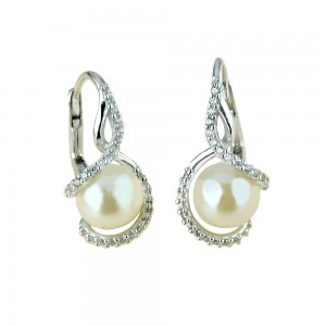 White gold 18k with pearls...